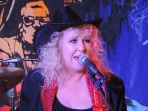 Karen Davy Band at Paihia 139